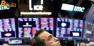 Áp lực bán tiền điện tử gia tăng trước ngày mở cửa thứ Hai