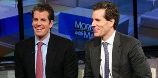 Tyler Winklevoss và Cameron Winklevoss, trở thành những tỷ phú Bitcoin đầu tiên trên thế giới vào năm 2017 - Ảnh: Getty Images