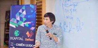 Hình ảnh TS. Lê Thẩm Dương xuất hiện tại sự kiện có logo Deffect. Ảnh: NVCC.